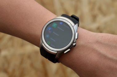 android wear 2.0 google pay