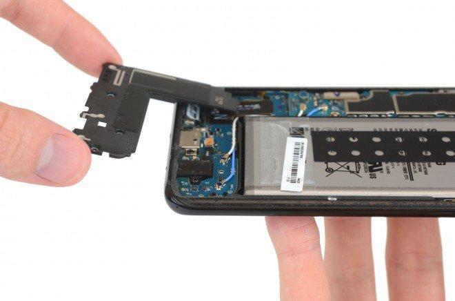 Galaxy S8+ Plus teardown 4