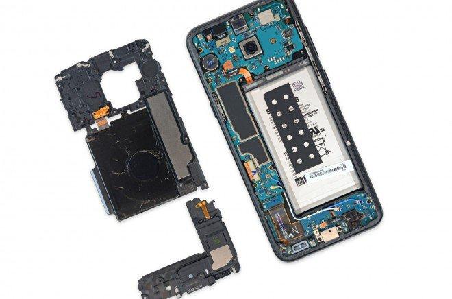 Galaxy S8+ Plus teardown 5