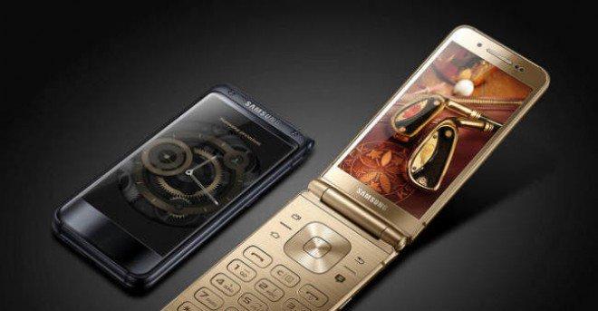 samsung doppio display filp phone smartphone a conchiglia